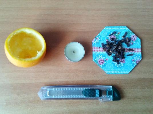 lumanarele-portocale1