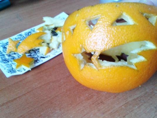 lumanarele-portocale3